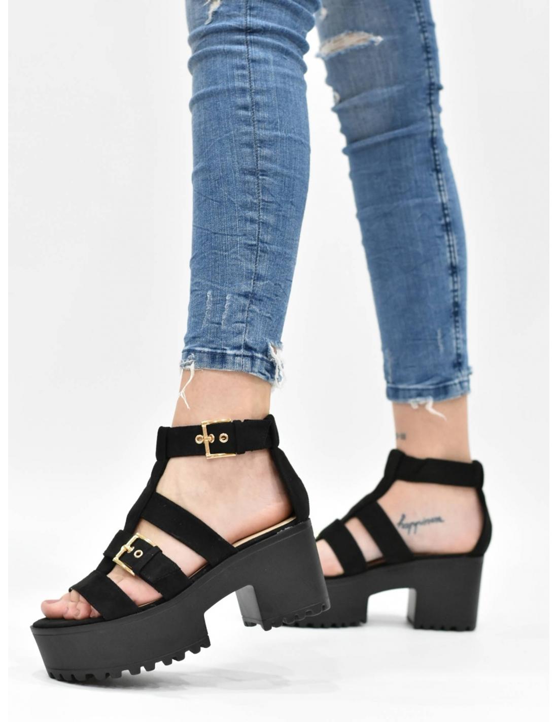 Sandalia vanet negra