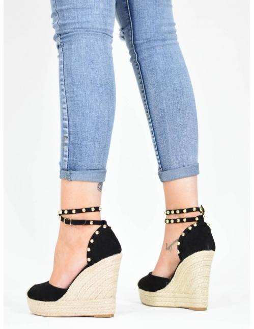 Sandalia de cuña negra con...