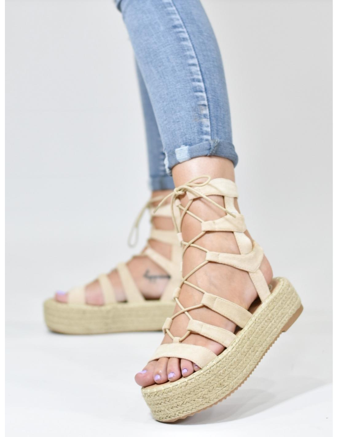 Sandalia romana beige